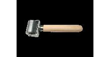 Вспомогательный инструмент для монтажа кровли, сайдинга, забора в Казани Валик прикаточный